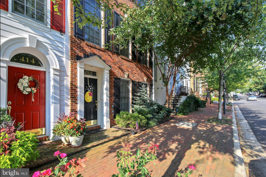exterior of418 pendleton st in old town alexandria